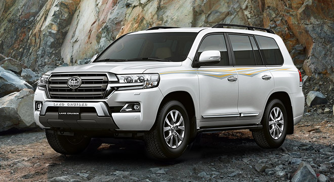 Toyota Land Cruiser 200 4.5L AT White Pearl 2018 Philippines