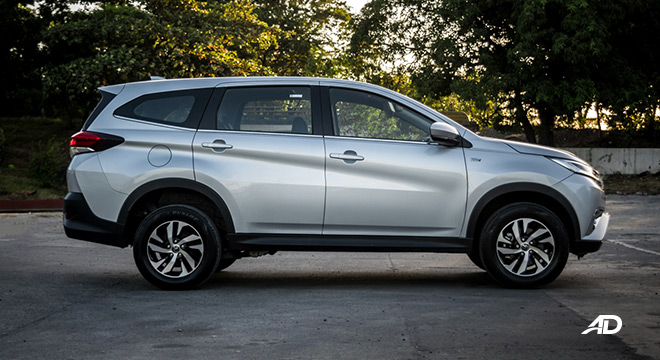 toyota rush road test exterior side
