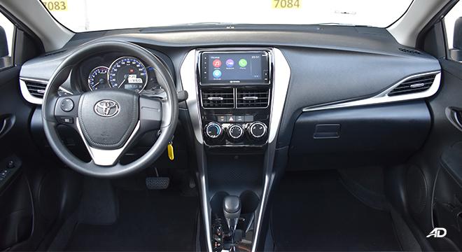 Toyota Vios XLE 1.3 CVT dashboard