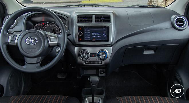 Toyota Wigo 2018 1.0 G AT Philippines Interior