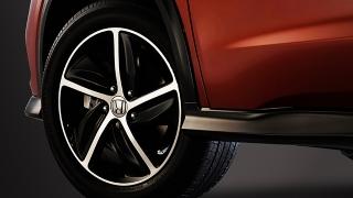 2019 Honda HR-V RS wheels