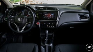 Honda City 1.5 VX NAVI CVT 2018 cockpit