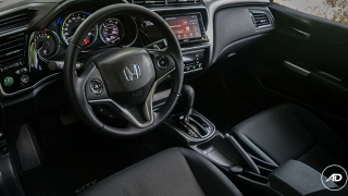 Honda City 1.5 VX NAVI CVT 2018 dashboard