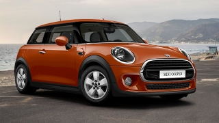 Compare Mini Cooper 15 At 3 Door Vs Mini Clubman 16l S Vs