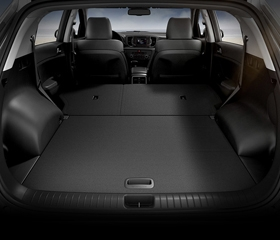 Fully folding rear seats