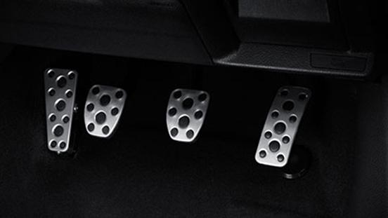 2019 Subaru WRX STI pedals