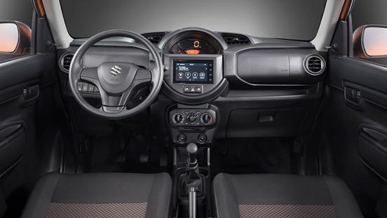 2020 Suzuki S-Presso interior dashboard