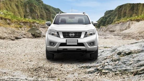 2021 Nissan Navara exterior front Philippines