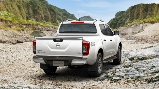 2021 Nissan Navara exterior rear Philippines