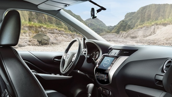 2021 Nissan Navara interior dashboard Philippines