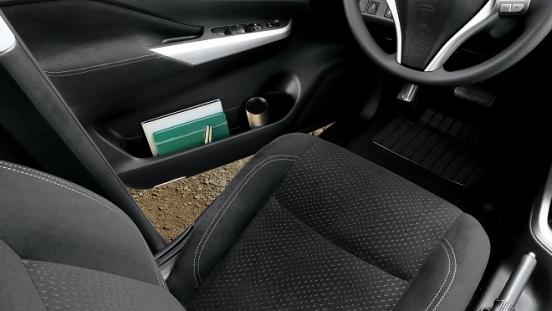 2021 Nissan Navara interior driver seat Philippines