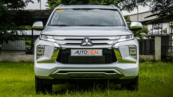 2020 Mitsubishi Montero Sport Front Exterior