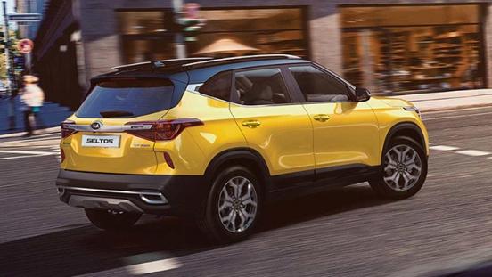 Kia Seltos exterior rear yellow