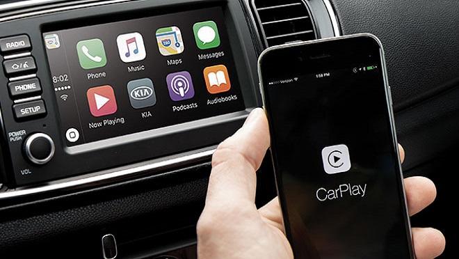 Kia Soluto interior Apple CarPlay Philippines