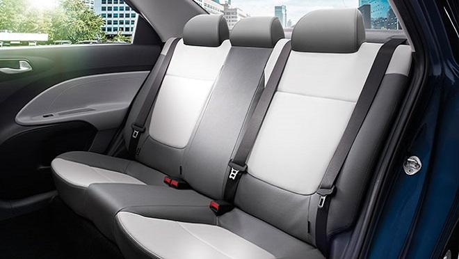 Kia Soluto interior rear seats Philippines
