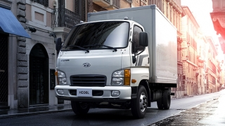2019 Hyundai HD36 close van exterior