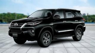 2019 Toyota Fortuner black SUV exterior Philippines