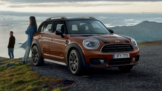 MINI D Countryman