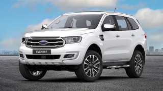Ford Everest 2.0 Biturbo Titanium 4x4 AT Snowflake White