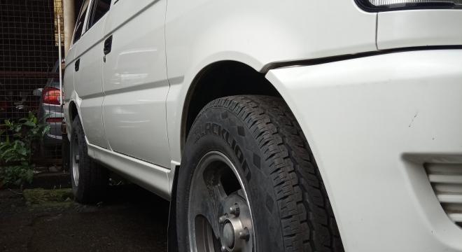 2012 Mitsubishi Adventure GX