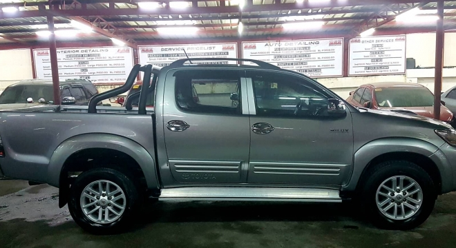 2015 toyota hilux g (4x2) mt used car for sale in quezon city, metro
