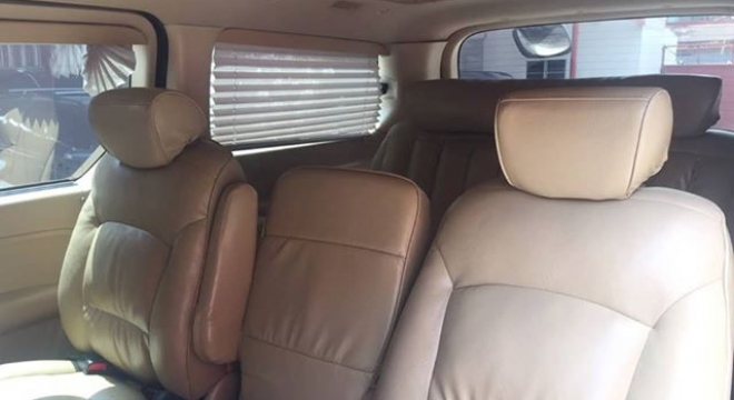 2011 Hyundai Grand Starex 2.5L  AT (Limousine)
