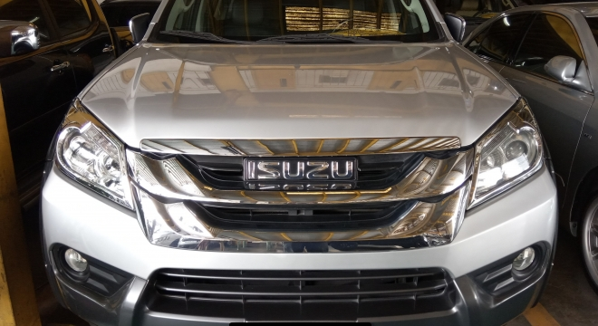 2015 isuzu mu-x 3.0l at diesel used car for sale in quezon city, metro manila, ncr autodeal