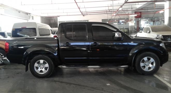 2013 Nissan Frontier Navara Krome Edition (4X4) AT