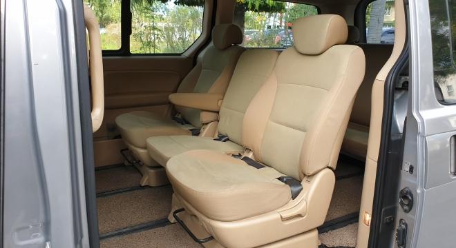 2012 Hyundai Starex VGT AT 2.5L