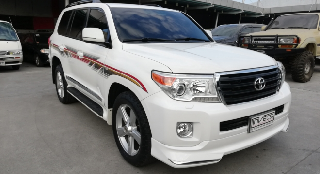 2012 Toyota Land Cruiser 200 GX.R