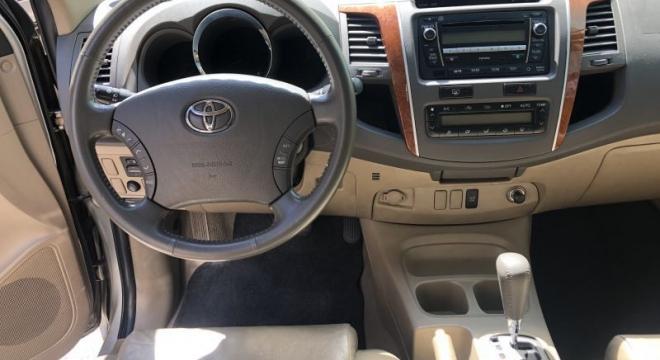 2010 Toyota Old Fortuner G Diesel AT