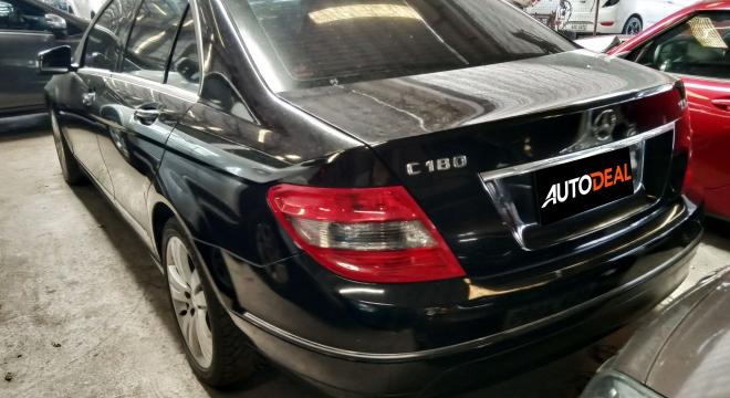 2011 Mercedes-Benz C-Class Sedan C180 CGI BlueEFFICIENCY