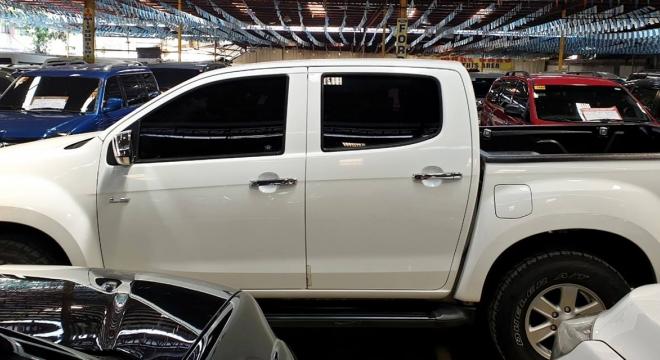 2014 Isuzu D-MAX 4X4 LS MT
