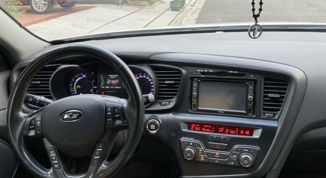 2013 Kia K5 2.0L AT Hybrid