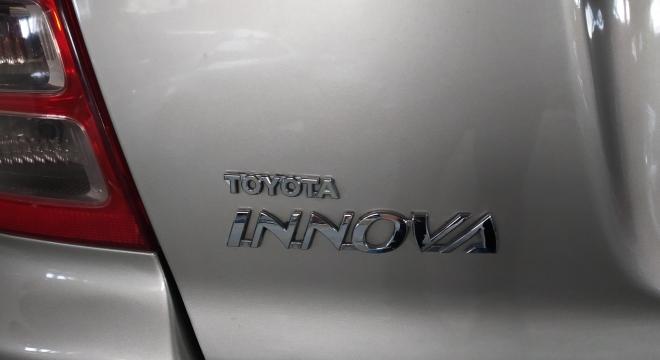 2009 Toyota Innova G Diesel MT