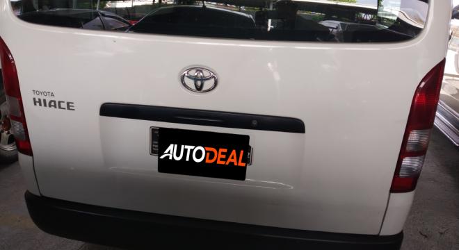 2018 Toyota Hiace 2.8 GL Grandia MT