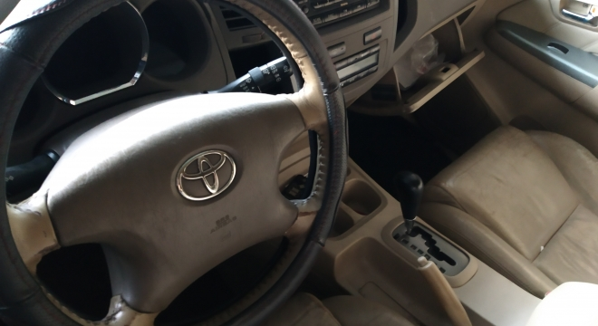 2009 Toyota Fortuner G Diesel AT