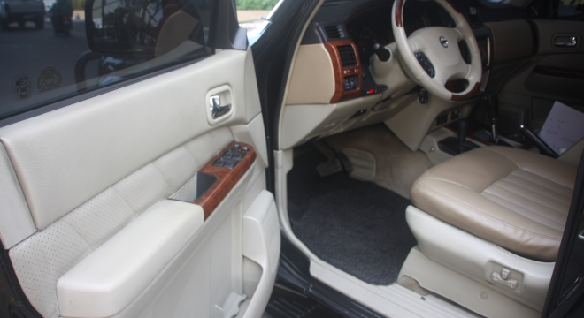2010 Nissan Patrol Super Safari (4X4) AT