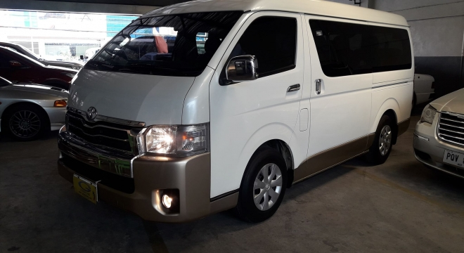 2015 Toyota Hiace Super Grandia AT