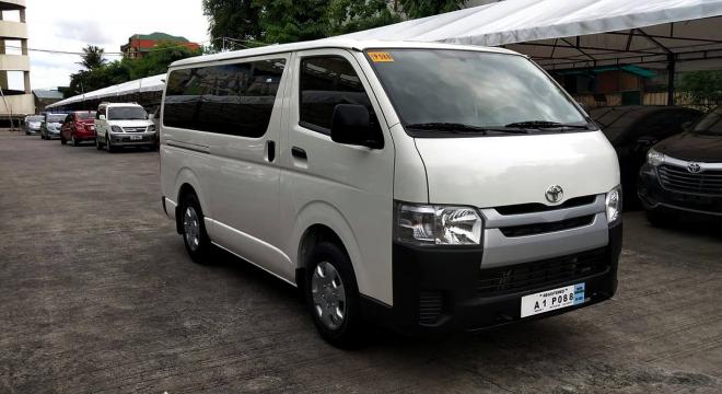 2018 Toyota Hiace Commuter MT Diesel