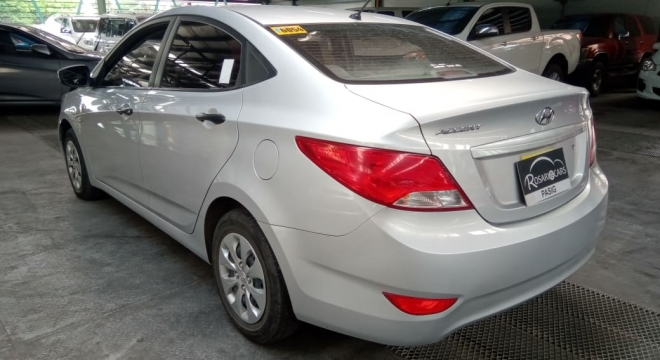 2017 Hyundai Accent Sedan 1.4 GL AT Gas