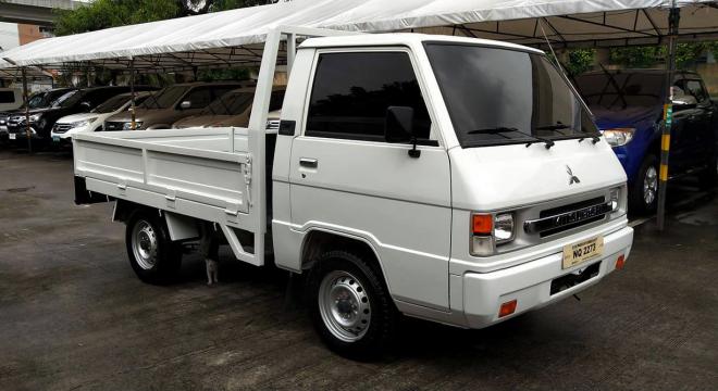 2017 Mitsubishi L300 2.5L MT Diesel
