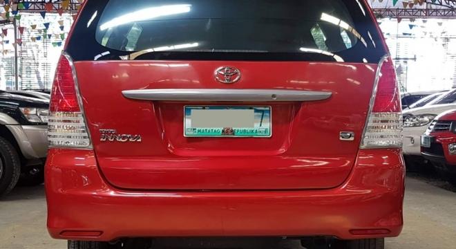 2010 Toyota Innova J Diesel MT