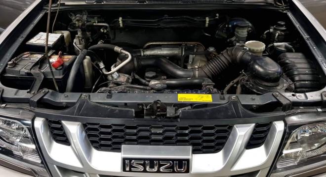 2016 Isuzu Sportivo 2.5L AT Diesel