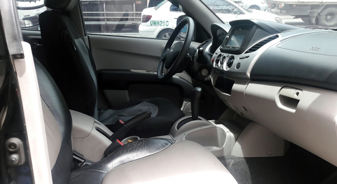 2012 Mitsubishi Strada GLX V MT