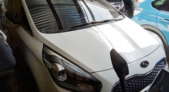 2015 Kia Carens AT Diesel