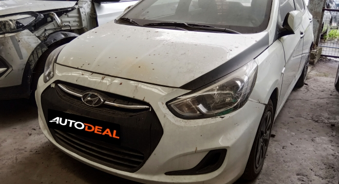2016 Hyundai Accent Sedan GL MT Gas