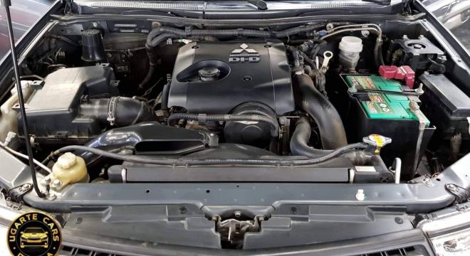 2015 Mitsubishi Montero Sport GLX AT Diesel