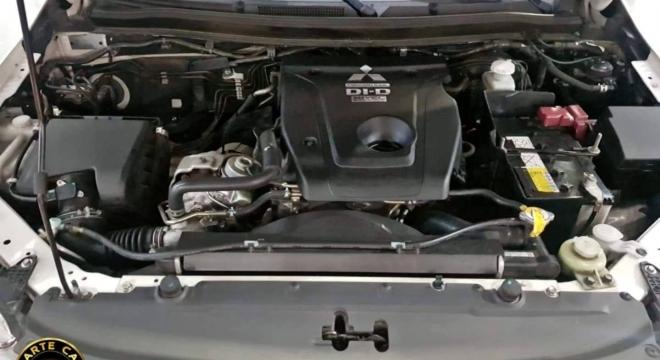 2017 Mitsubishi Strada 2.5L AT Diesel