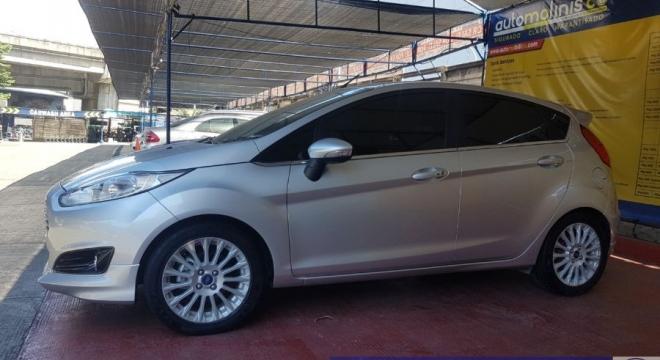 2017 Ford Fiesta Hatchback 1.6L AT Gasoline
